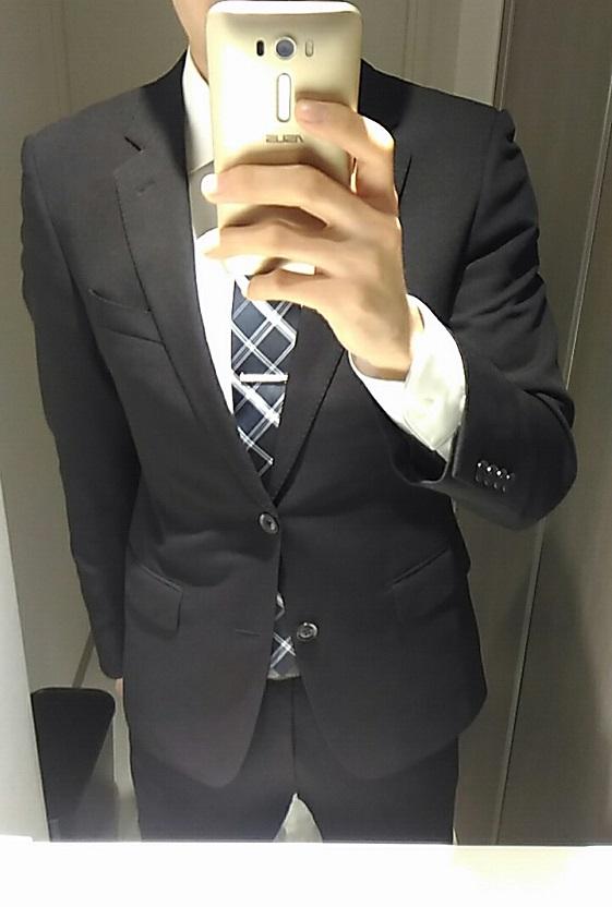 パーティーの服装(スーツ)